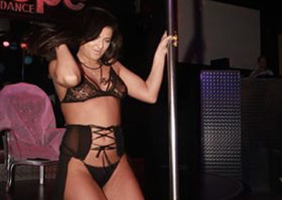 lap-dance-night-club-addio-al celibato-nubilato-coco-de-mal-003363