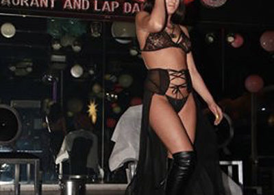 lap-dance-night-club-addio-al celibato-nubilato-coco-de-mal-003364