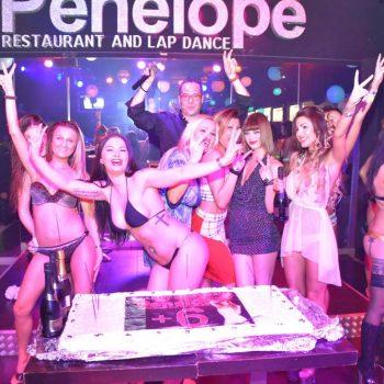 12-2--penelope-lap-dance-night-club-addio-al-celibato-nubilato350