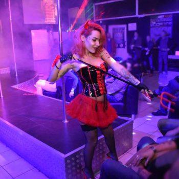 19-2--penelope-lap-dance-night-club-addio-al-celibato-nubilato350