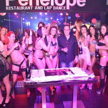 7-2--penelope-lap-dance-night-club-addio-al-celibato-nubilato350