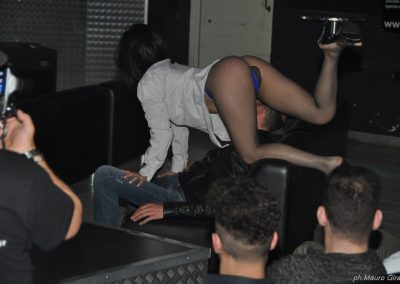 penelope-lap-dance-night-club-addio-al-celibato-nubilato-sally-blu-203