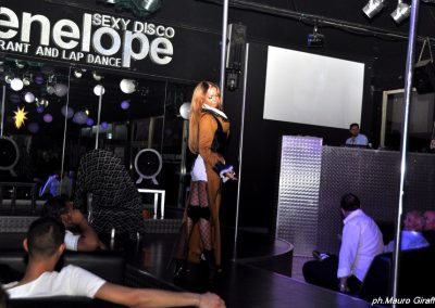 penelope-lap-dance-night-club-addio-al-celibato-nubilato-cristina-bella22