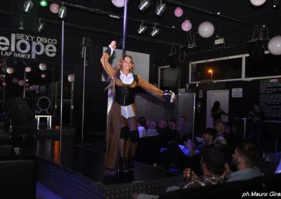 penelope-lap-dance-night-club-addio-al-celibato-nubilato-cristina-bella28
