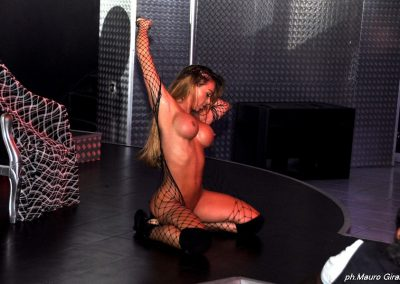 penelope-lap-dance-night-club-addio-al-celibato-nubilato-cristina-bella56