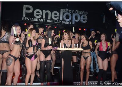 penelope-lap-dance-night-club-addio-al-celibato-nubilato-valeria-borghese--_07