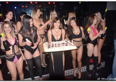 penelope-lap-dance-night-club-addio-al-celibato-nubilato-valeria-borghese--_08