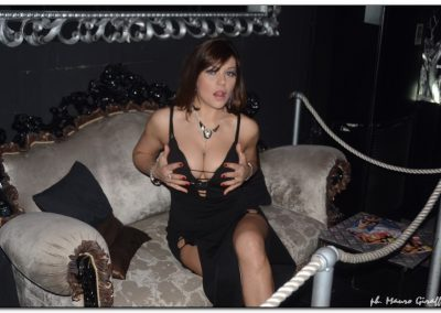 penelope-lap-dance-night-club-addio-al-celibato-nubilato-valeria-borghese--_38