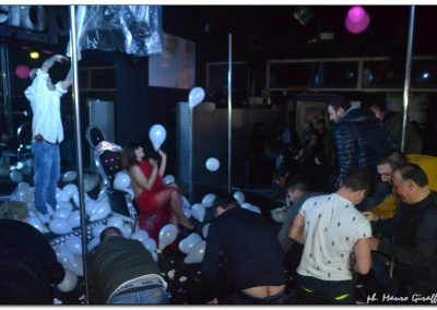 penelope-lap-dance-night-club-addio-al-celibato-nubilato-valeria-borghese--_67