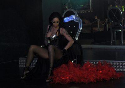 -penelope-lap-dance-night-club-addio-al-celibato-nubilato-liana-winter-106