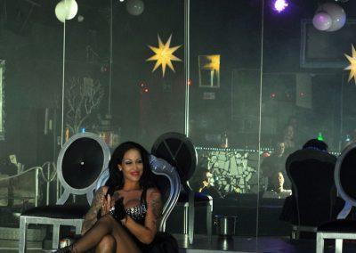 -penelope-lap-dance-night-club-addio-al-celibato-nubilato-liana-winter-108