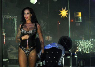 -penelope-lap-dance-night-club-addio-al-celibato-nubilato-liana-winter-109