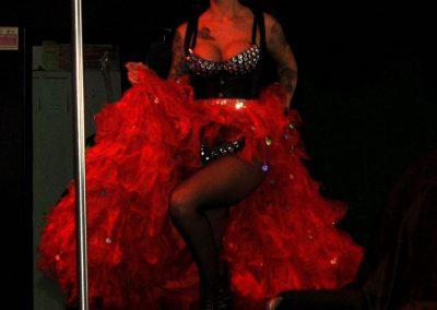 -penelope-lap-dance-night-club-addio-al-celibato-nubilato-liana-winter-93