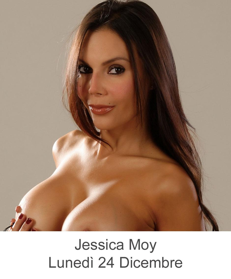 Jessica Moy Live